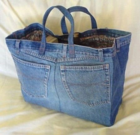bucket bag from old blue jeans