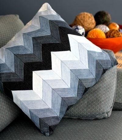 chevron pattern denim cushion tutorial