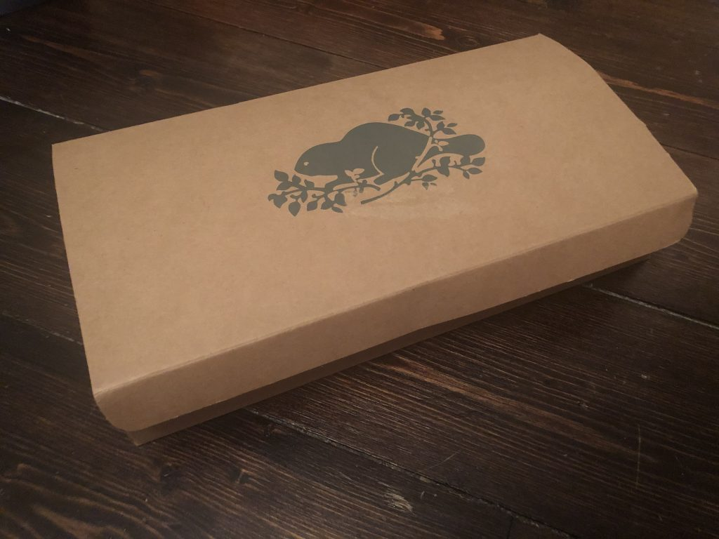 how to upcycle a roots canada box as a gift box
