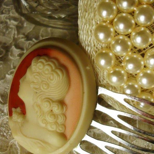 vintage wedding headpiece business