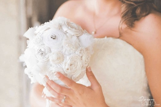 diy wedding ideas recycled lace bouquet