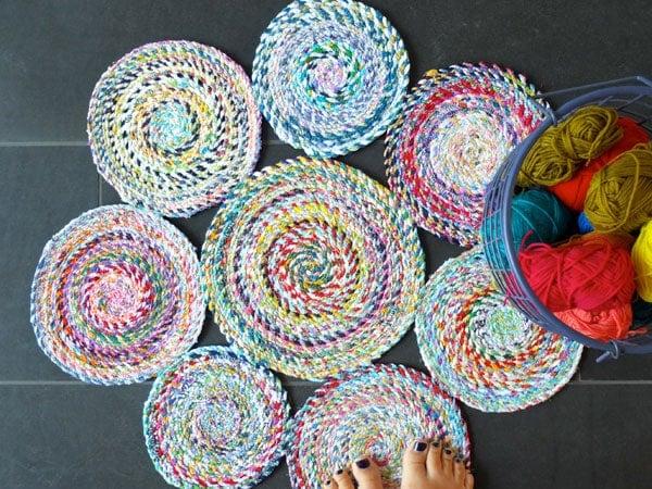 connected spirals rag rug
