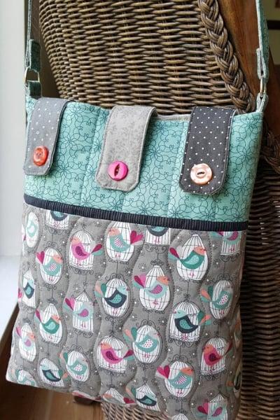 button tab messenger bag sewing pattern
