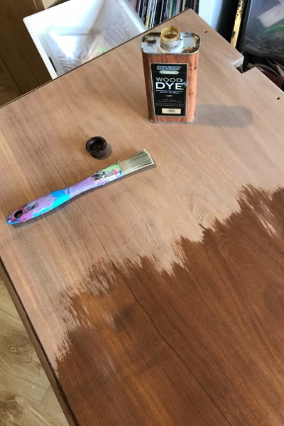 wood dye for dressing table top