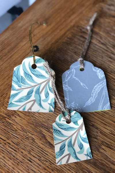 diy gift tags - wallpaper