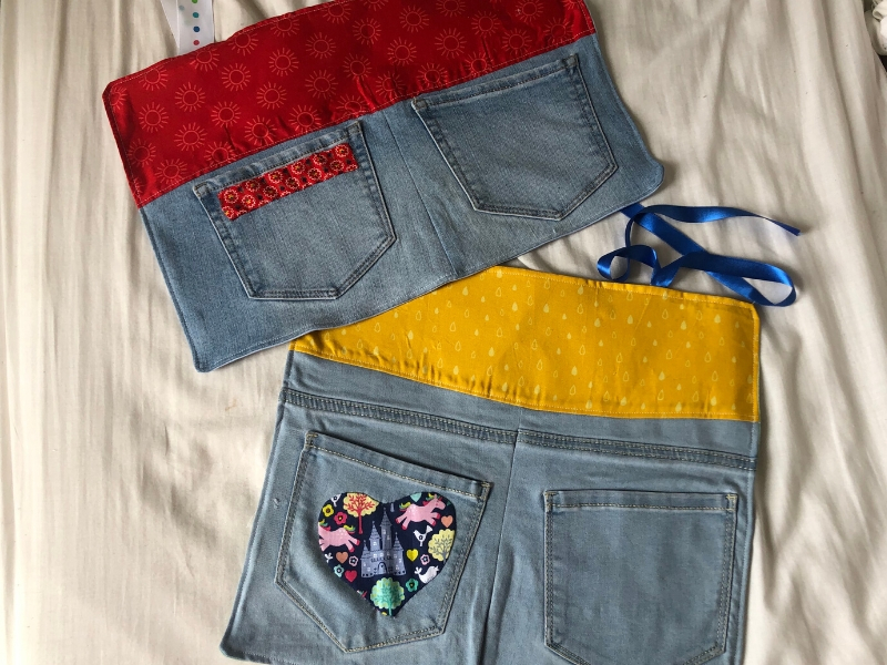 bedside pocket organizers from old jeans