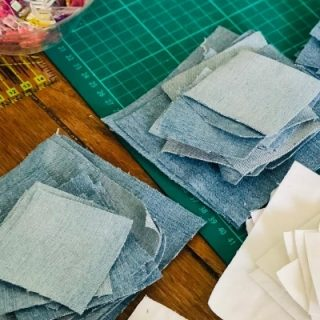 how to cut blue jeans to make a quilt