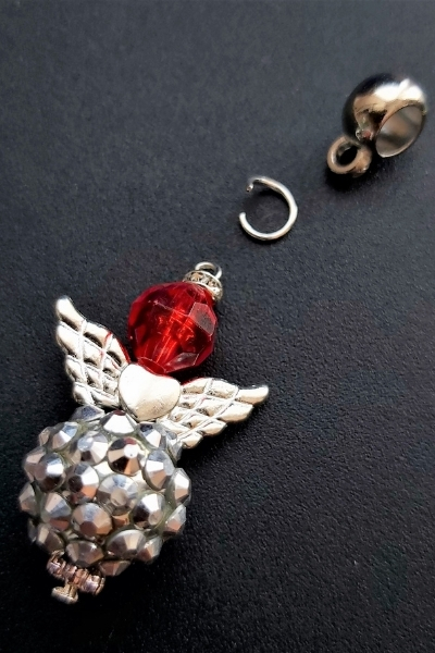 diy christmas angel - jewellery making tutorial