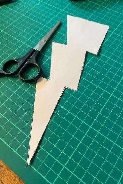 applique on a t-shirt lightening bolt template