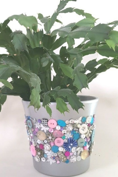 upcycled jewellery ideas - plant pot