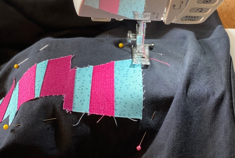 how to applique a t-shirt sewing machine
