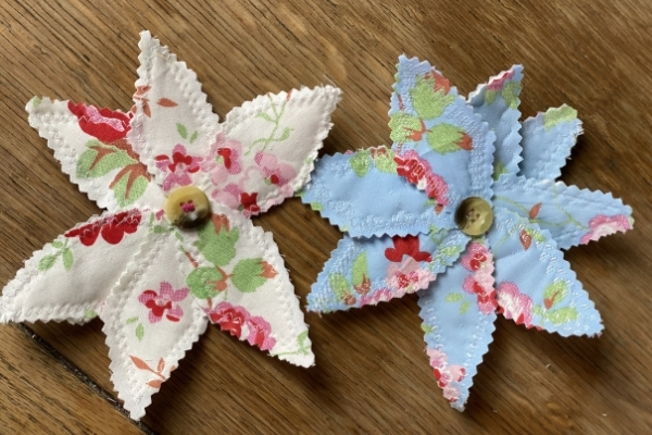 quilted scrap fabric flowers