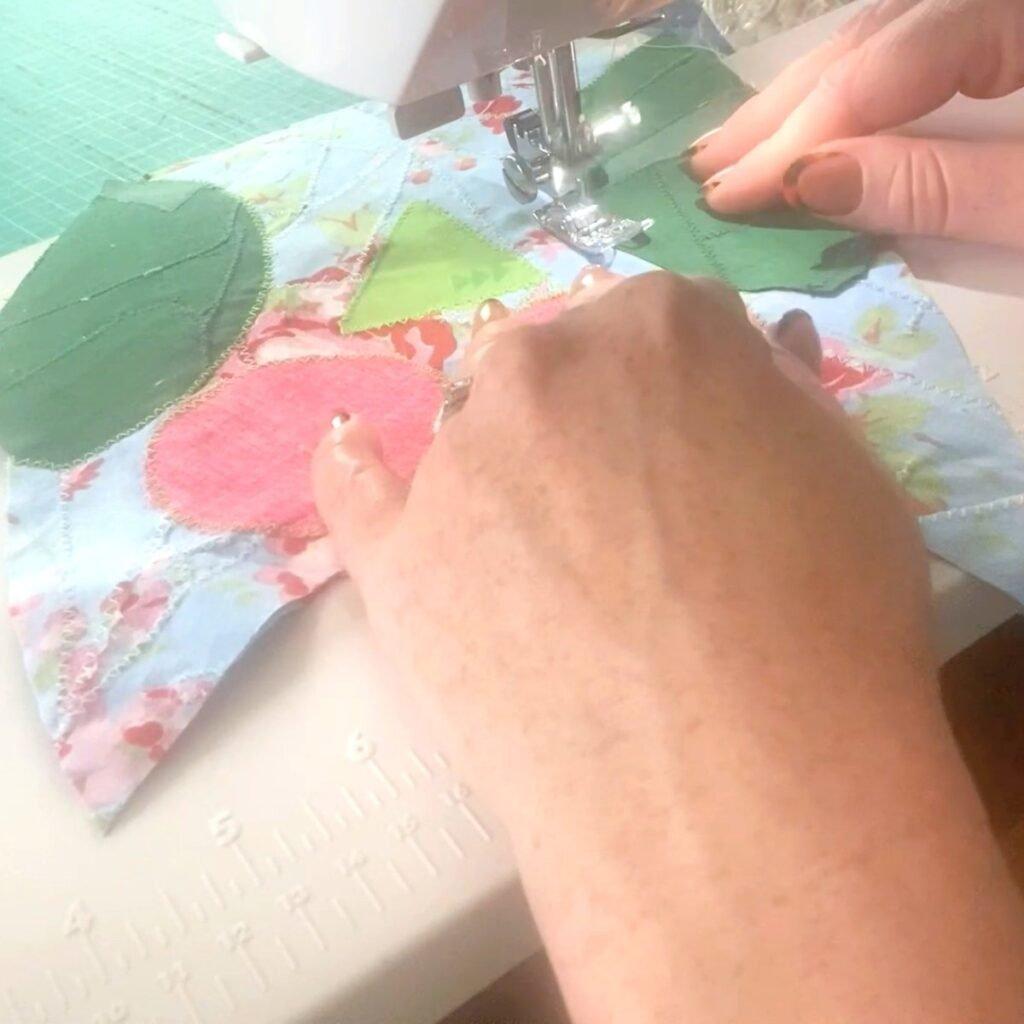 raw edge applique zig zag stitch